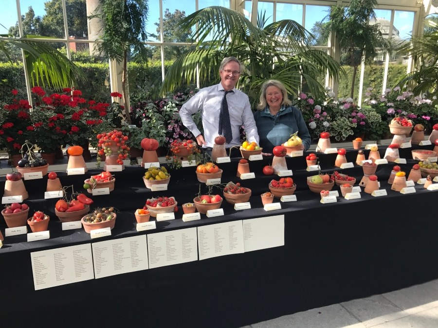 Dr. Matthew Jebb & I, with the wonderful array of tomatoes he carefully transported from the 2017 Tomato Festival to display in the beautiful glasshouse at The National Botanic Gardens in Glasnevin